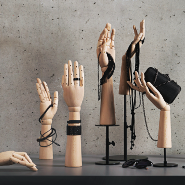 HANDS Accessories & displays